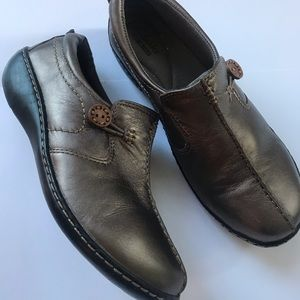 Clark's women's unstructured leather shoes size 7